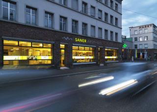 Saner Apotheke AG1
